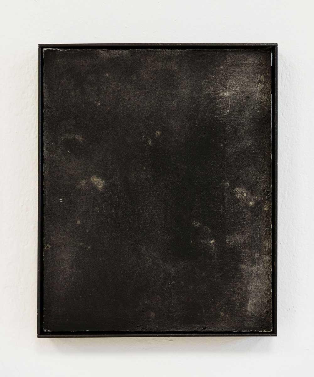 Luka-Jana-Berchtold_ConcreteDreams_black-II_01-c-Melanie-Schneider