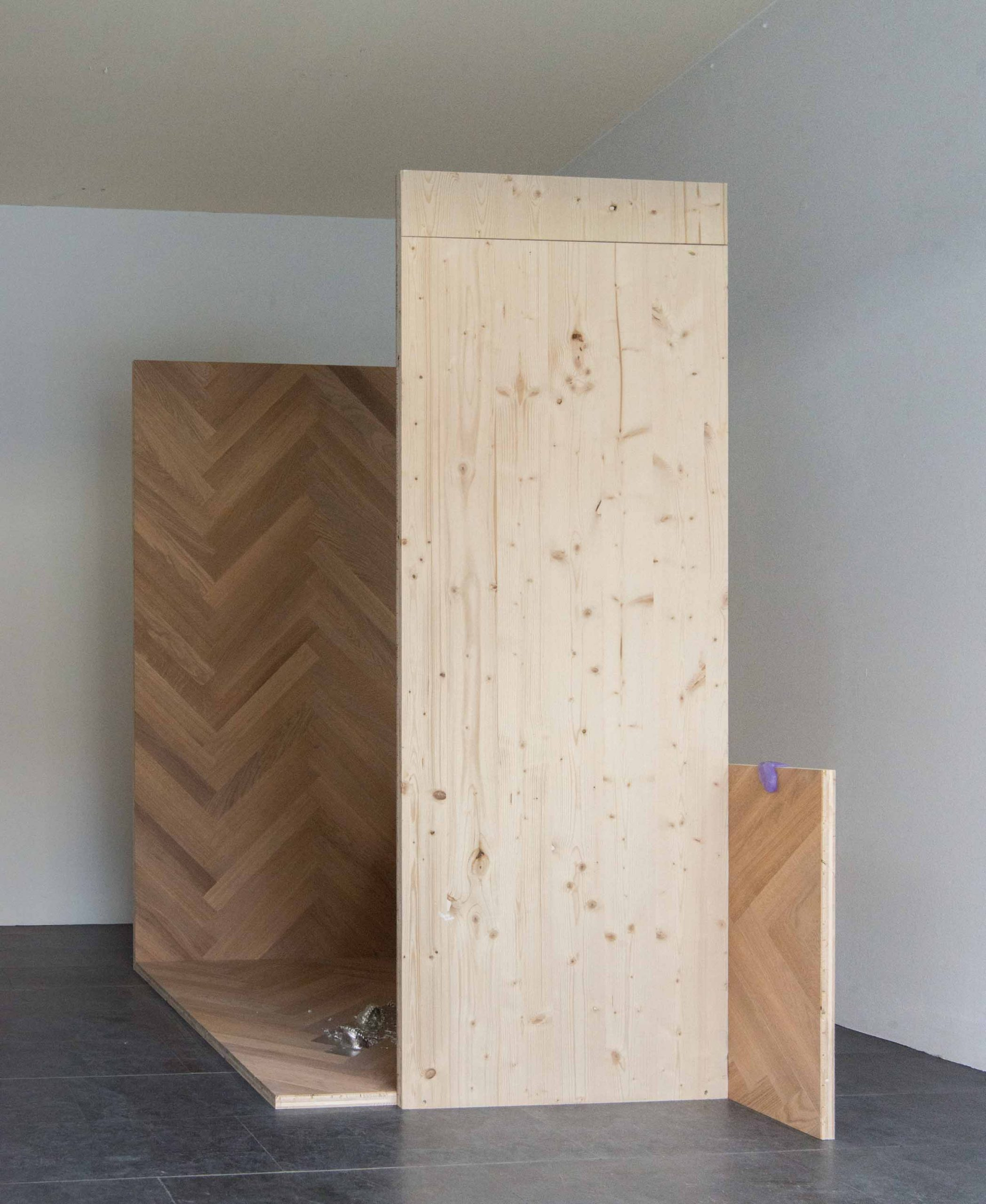 floor-work_Luka-Jana-Berchtold_2021_cSusanne-Reiterer-1