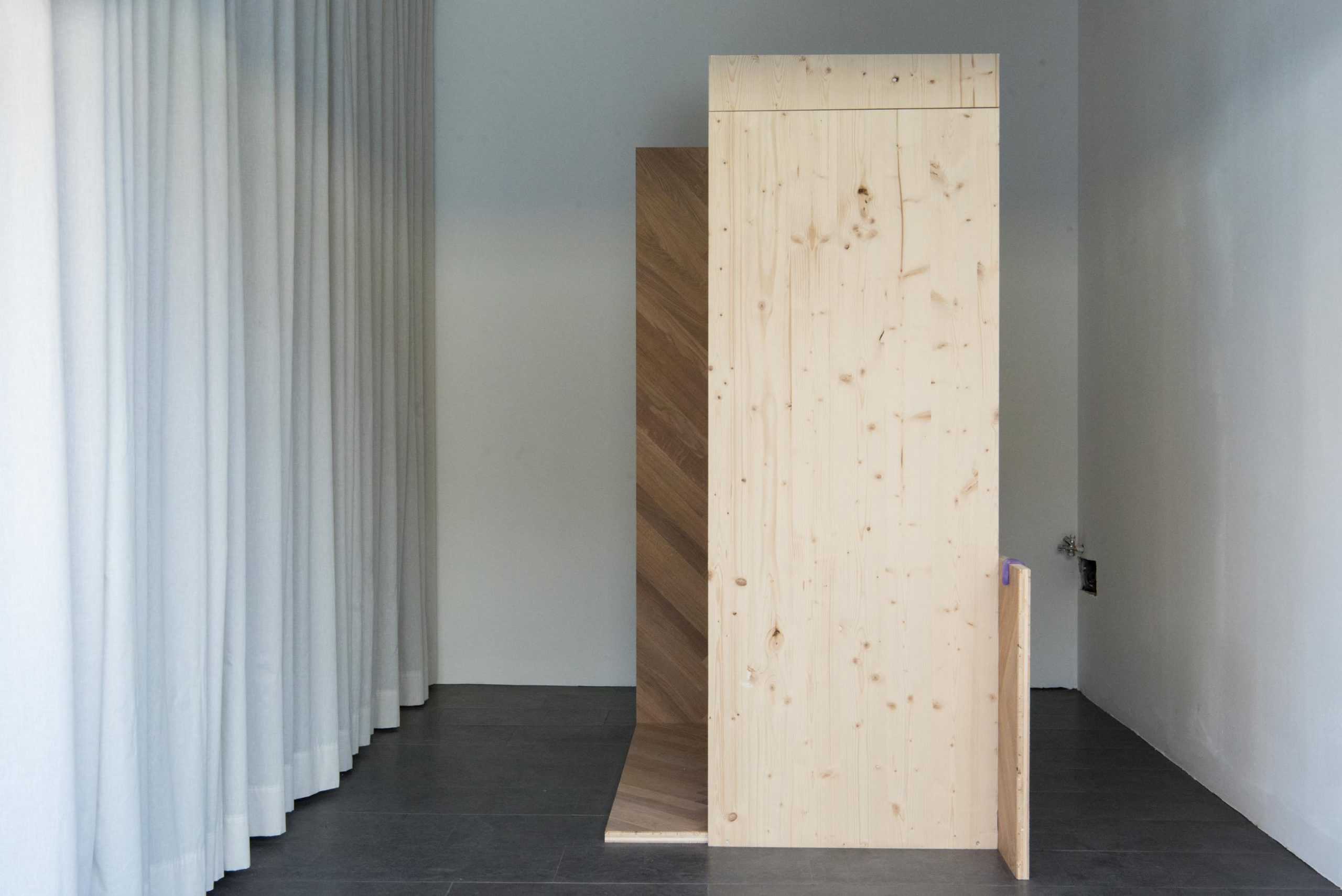 floor-work_Luka-Jana-Berchtold_2021_cSusanne-Reiterer-24